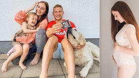 Těhotná Miss Kadeřábková se pochlubila fotkou z ultrazvuku! Odhalila pohlaví?