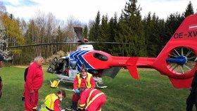 Hrůzný pád paraglidistky v Beskydech: Zřítila se z 12 metrů, dolní půlku těla má dolámanou. Bourali i další