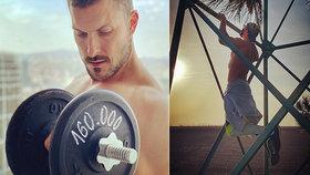 Dámy, zbystřete: Sexy herec Ján Koleník ukázal, jak buduje svaly i bez fitka!