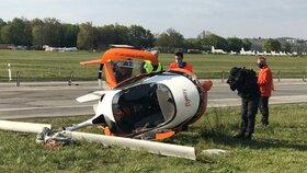 Šokující video: Pád letadla nepřežili dva muži, o chvíli dříve havaroval u Vyškova mladý pilot