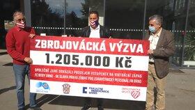 Fanoušci virtuálního fotbalového utkání vybrali 1,2 milionu! Dostanou je lékaři z Brna