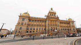 Znovu na Petřínskou rozhlednu, do muzeí i galerií: Pražské památky po pauze otevírají své brány, co nabízejí?