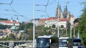 Omezení pro vjezd autobusů do historického centra: Praha zavádí přísnější pravidla. Kdo bude mít smůlu?