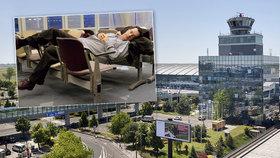 Z letiště si udělal ložnici: Polák v Praze skončil jako Tom Hanks v Terminálu