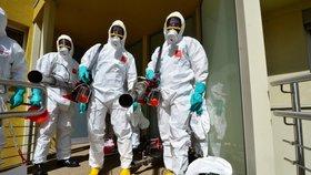 Koronavirus na severu Moravy: Stop pro návštěvy v nemocnicích a hromadné akce