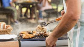 Proč je maso tuhé? Při grilování nejspíš děláte jednu z častých chyb!