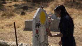 """""""Bili mě, znásilnili, prodali do otroctví,"""" říká Lajla o 5 letech pekla v chalífátu"""