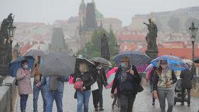 Pracovní týden v Praze proprší. O víkendu se vrátí letní teploty