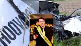 """Lukáše (†20), co zemřel po otřesné nehodě, lynčují na sociálních sítích: BMW s nápisem """"hoovado"""" se roztrhlo napůl"""