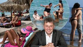 Řecka přivtrdilo, Češi budou mít povinný test. Petříček chce pro české turisty výjimku