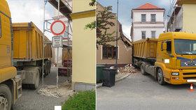 Řidič náklaďáku se nevešel do uličky: Na jihu Čech pobořil dva domy!