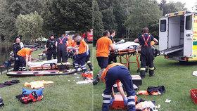 Hasiči zachraňovali muže, který zmizel pod vodou: O půl hodiny později tahali bagristu z bahna