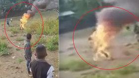 Brutální smrt bylinkáře: Vesničané ho nařkli z čarodějnictví a upálili ho zaživa!