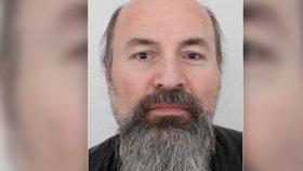 Záhadné zmizení muže (52) na Náchodsku: Odjel na nákup, našli jen jeho auto