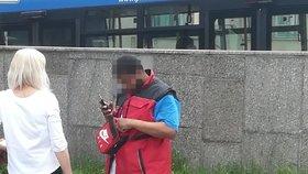 """Falešný policista řádil v Praze! Po ženě chtěl občanku a vyhrožoval, že zavolá """"kolegy"""""""