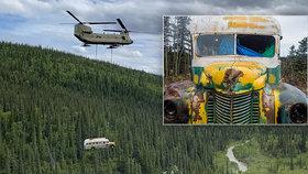 Legendární autobus z filmu Útěk do divočiny museli z hustého lesa odvézt: Umírali kvůli němu lidé!
