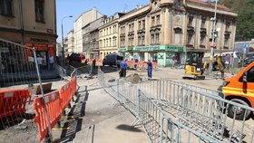 Řidiči, pozor! Komplikace v Motole, Plzeňská ulice se bude do listopadu opravovat