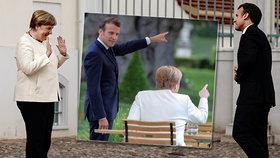 Merkelová a restrikce: Od Macrona si držela odstup, nakupovat chodí v roušce
