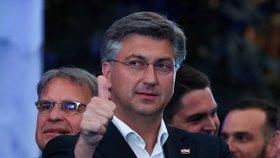 """Chorvatský premiér vyhrál """"o parník"""" volby, které vyvolal. Rival skončil jako šéf strany"""