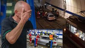 Bizarní nehoda na Barrandově: Opilý Polák vjel autem po kolejích do tunelu a zasekl se