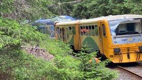 """Už žádné tragické srážky vlaků? Stát do zabezpečení železnic """"nasype"""" desítky miliard"""