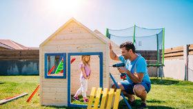 Vytvořte dětem na zahradě soukromé hřiště. Co vše je potěší?