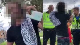 Opilec (39) v Liboci dorážel na tramvajáka. Když to zkusil i na strážníky, pochopil svůj omyl