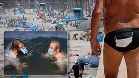 Turisté by měli roušky nosit úplně všude: Experti je chtějí vidět i na plážích