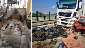 """Motorkář Jiří detailně popsal, jak při hrůzné nehodě přišel o nohu: """"Tohle je na sra…,"""" řekli mu lékaři"""