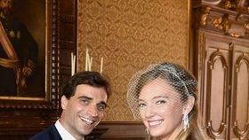 Další nečekaná královská svatba: Pravnučka (26) českého krále si vzala závodníka Formule!