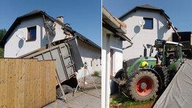Upadlé závaží vymrštilo traktor ze silnice: Zdemoloval kus domu a pergolu!