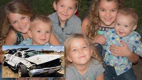 Početná rodina uvízla po nehodě ve vraku vozu: Otec volal pomoc hodinkami, mezitím dvě děti zemřely