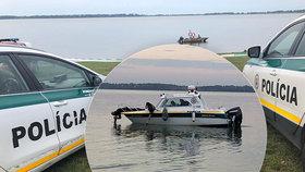 Dva mladí fotbalisté se utopili v přehradě: Za smrtí Erika (†20) a Jana (†20) mohl stát alkohol