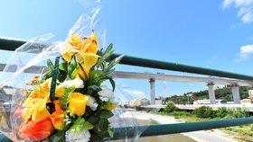 V troskách zříceného mostu zemřelo 43 lidí. Nový postavili v Janově za dva roky