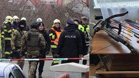 """""""Novodobý rytíř"""" tasil proti policistům meč a kuši: Zastavil ho až policejní vyjednavač"""