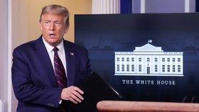 Trump možná pronese nominační projev v Bílém domě. Kritici: Stranická politika sem nepatří