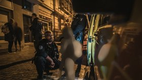 Opilá matka s dcerkou (8) chtěla přespat na ulici: Dítě skončilo v Klokánku
