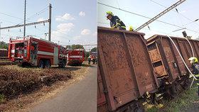 Na Litoměřicku vzplály vagóny: Kvůli požáru byl přerušen provoz na trati