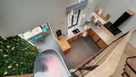 Splněný dětský sen: Moderní bydlení se skluzavkou a houpačkou