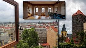 """Schovaný unikát v historickém centru. Zastrčená Novomlýnská věž ukrývá """"letohrádek v oblacích"""""""
