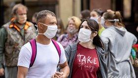 Hřib překvapil: Od středy v pražských obchoďácích nutné roušky. Ať si říká, co chce, nesouhlasí hygiena