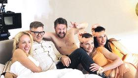 Polonahé Petře Hřebíčkové v posteli zpíval Kotvald: Zírala jsem jako blázen!