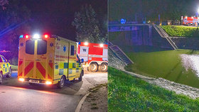 Auto s pěti mladými lidmi skončilo v Nymburce v řece: Nezletilou museli resuscitovat!