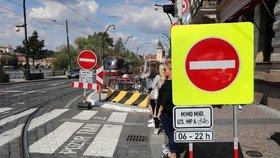 Více než čtyři desítky dopravních omezení. Letos se dotknou Žižkova, Smíchova, magistrály i metra