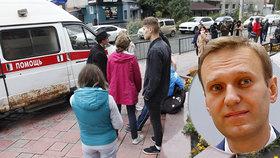 Křeče, zvracení a toxický puch: Kolegům Navalného hodili do kanceláře neznámou tekutinu
