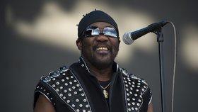 "Zemřel duchovní otec reggae: Fredericka ""Tootse"" Hibberta (†77) možná zabil koronavirus!"