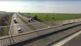 Dopravní komplikace na D10: V Horních Počernicích se bude opravovat most přes dálnici
