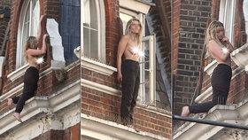 Krásná dívka skotačila na římse hotelu: Balet mezi životem a smrtí skončil po dvou hodinách marného přemlouvání