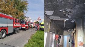 Výbuch v Mohelnici patrně zapříčinila varna drog: Podezřelý se schovával ve sklepě