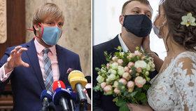 Omezení dopadlo i na svatby: Nevěsta a ženich slavit do rána nemohou, o půlnoci mají utrum